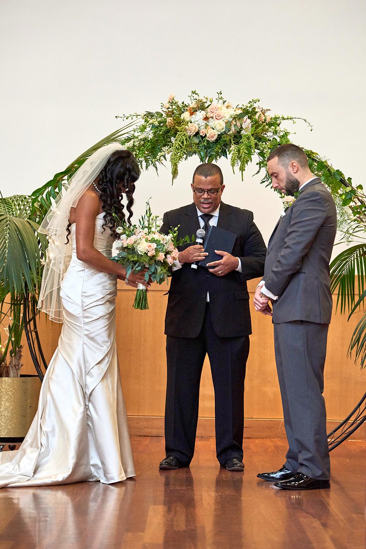 2017KrystalCraven-bride-and-groom-prayer-ceremony
