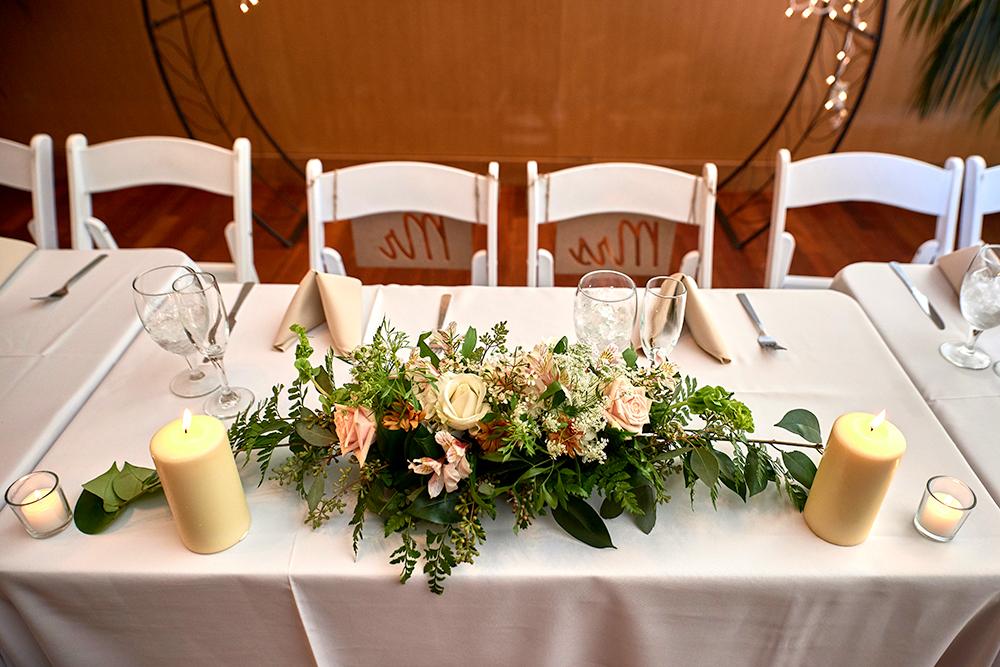 2017KrystalCraven-wedding-reception-head-table-decor