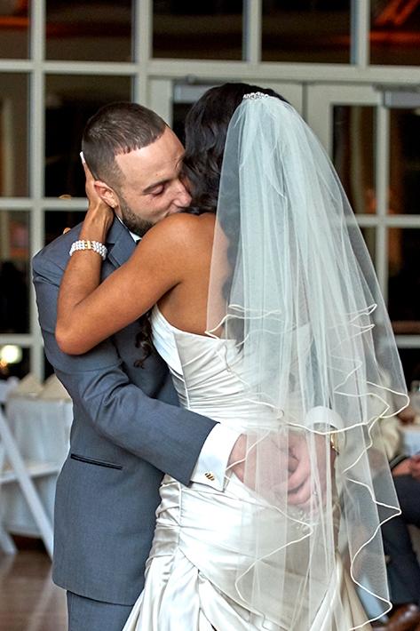 2017KrystalCraven-wedding-couple-first-dance