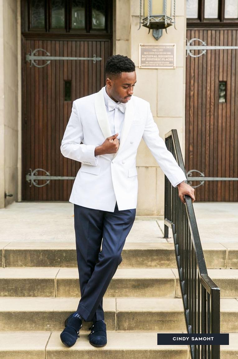 groom-groomsmen-wedding-services-CindySamoht.jpg
