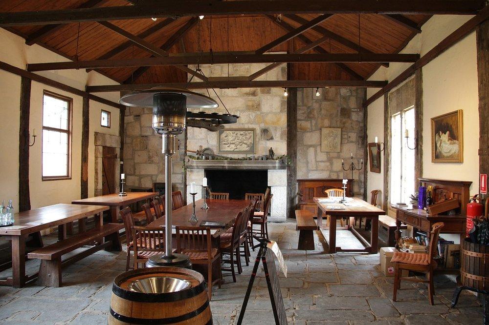 Rustic Interior Design Style (4).jpg