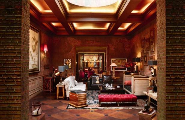Shah Rukh Khan Home Interiors (4).jpg