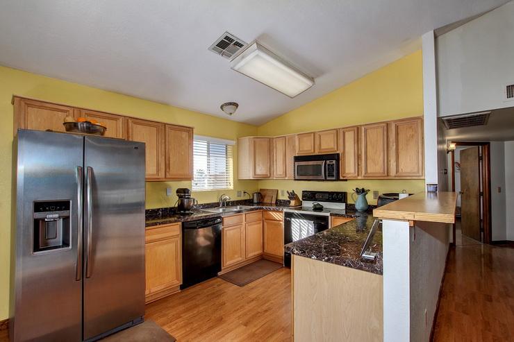 Gorgeous Kitchen (7).jpg