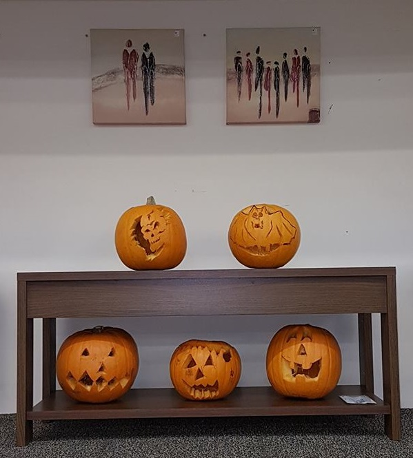 Group photo of pumpkins.jpg