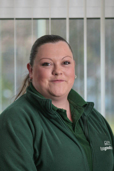 Lynsey Jones   Customer Services Supervisor