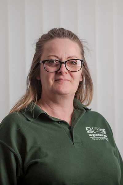 Kelly Davies   Customer Services Supervisor