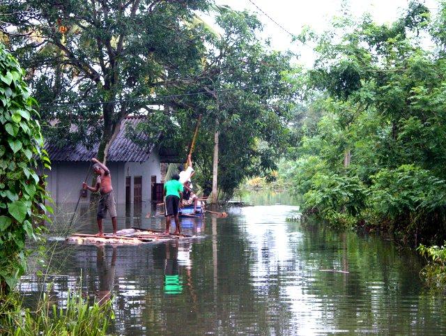 flood_relif_newuse_srilanka_2016