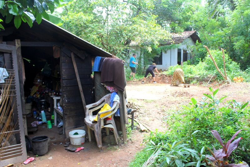 Cleaning_land_Ramani_house_NewUse5