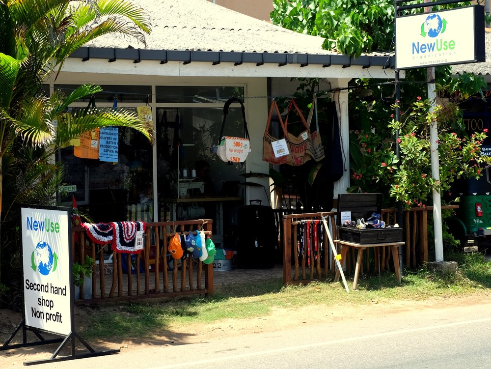 Outside_NewUse_second_hand_shop_Hikkaduwa