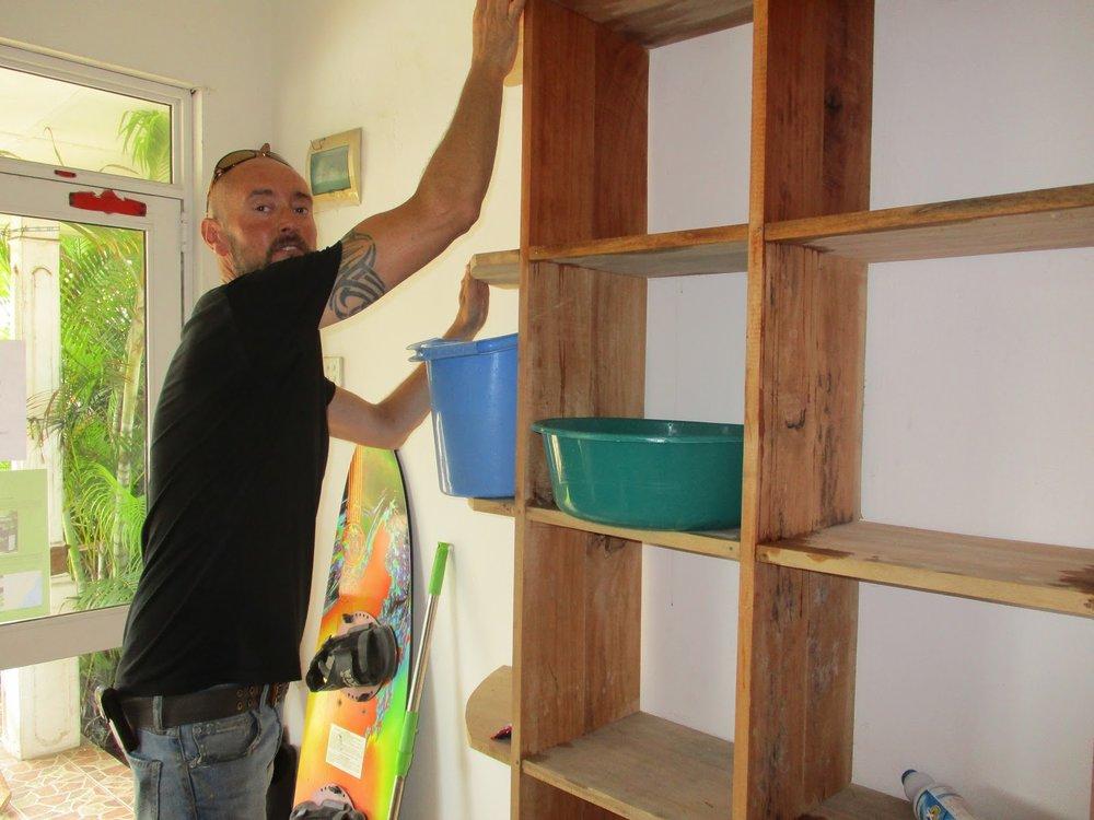 volunteering NewUse Hikkaduwa.JPG
