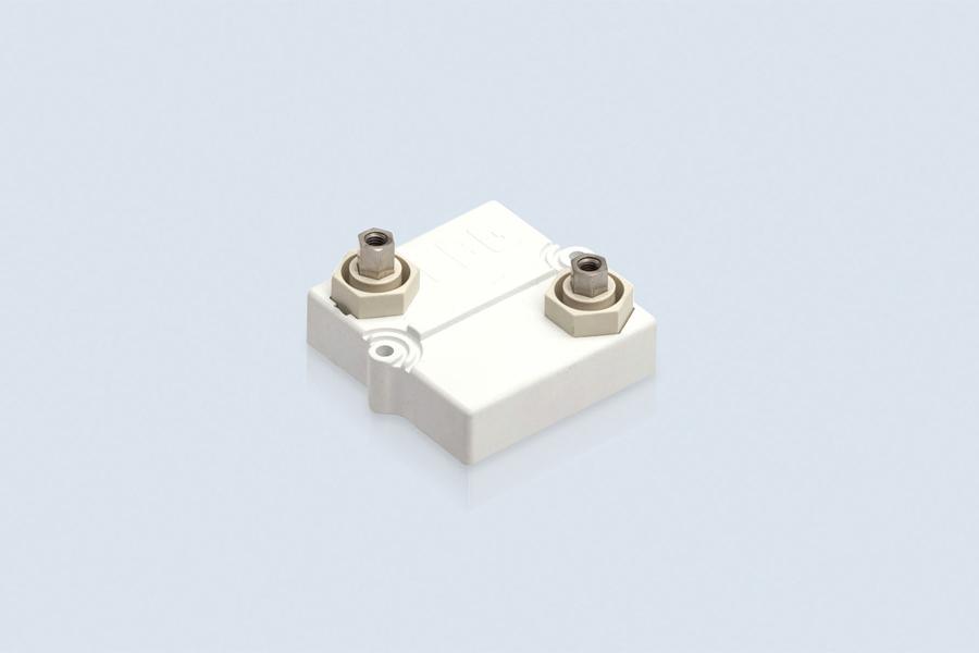 Serie UXP-600 - 600W resistor. Easy mounting on heat sinks.