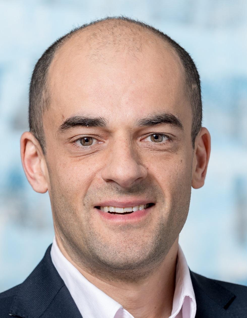 Prof. Daniel Razansky     Director, Principal Investigator    PhD, Biomedical Engineering    @       W    Tel: +41-44-633-3429