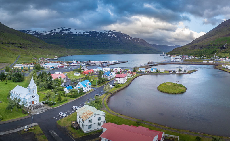 iceland-east-fjords-seydisfjordur-town-rth.jpg