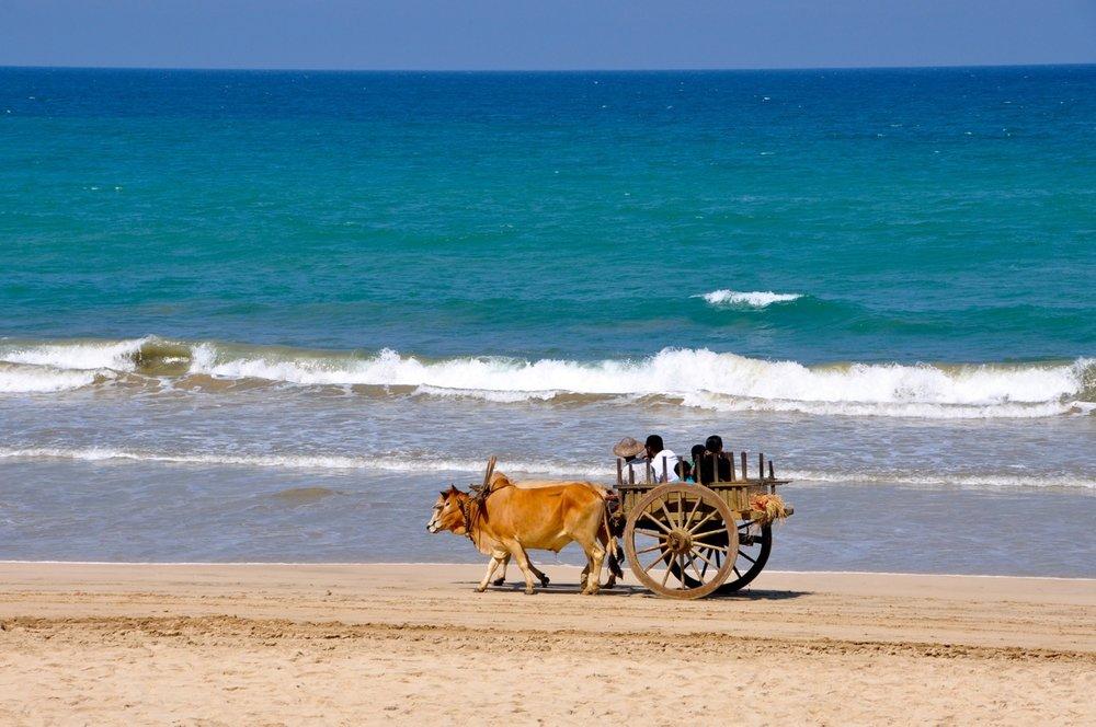 Ngapali-Beach1.jpg