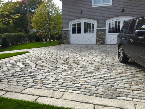 Reclaimed Cobblestone ⤴ OR use Reclaimed Curbing --> 240x6, 139x6, 60x6, 18x6, 137x6, 125x6, 56x6,18x6, 81x18, 50x6, 76x6, 94x6, 133x6?, 145x5