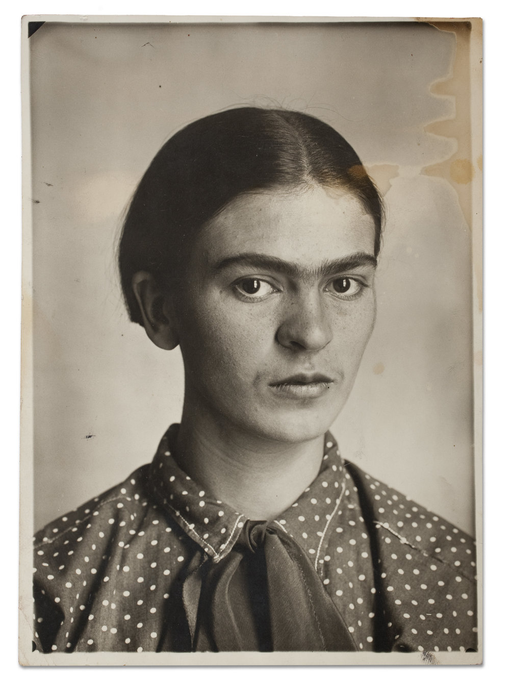 Frida Kahlo, c. 1926. Museo Frida Kahlo. © Diego Riviera and Frida Kahlo Archives, Banco de México, Fiduciary of the Trust of the Diego Riviera and Frida Kahlo Museums.