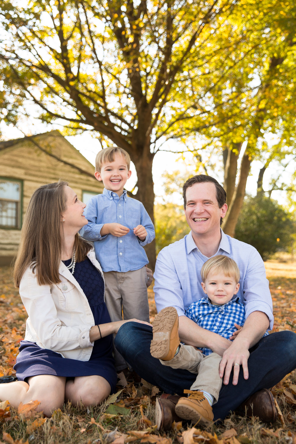 10-29-16 - Snead Family Pictures-12.jpg