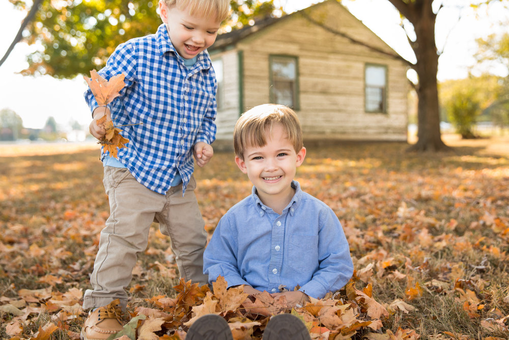10-29-16 - Snead Family Pictures-20.jpg
