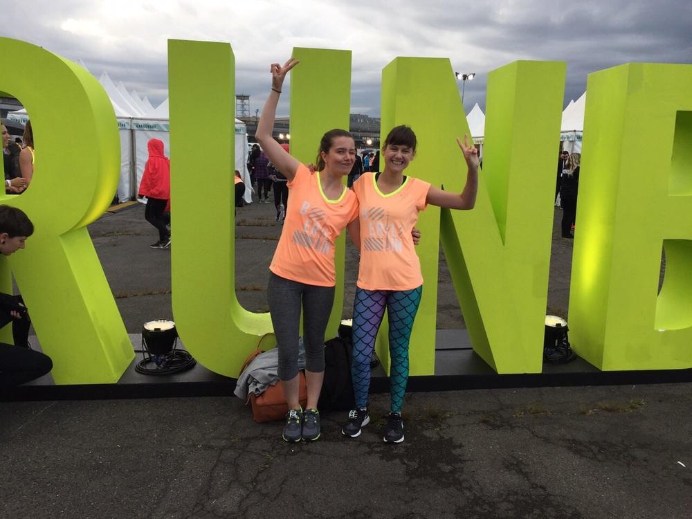 Aquí justo antes de empezar la Nike Women's Run en Berlín el año pasado. Emocionalmente fue una experiencia increíble!!