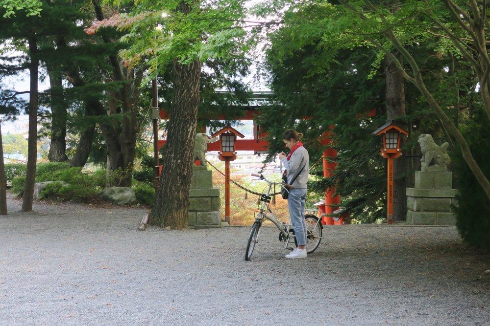 Subida al mirador con vistas al Monte Fuji