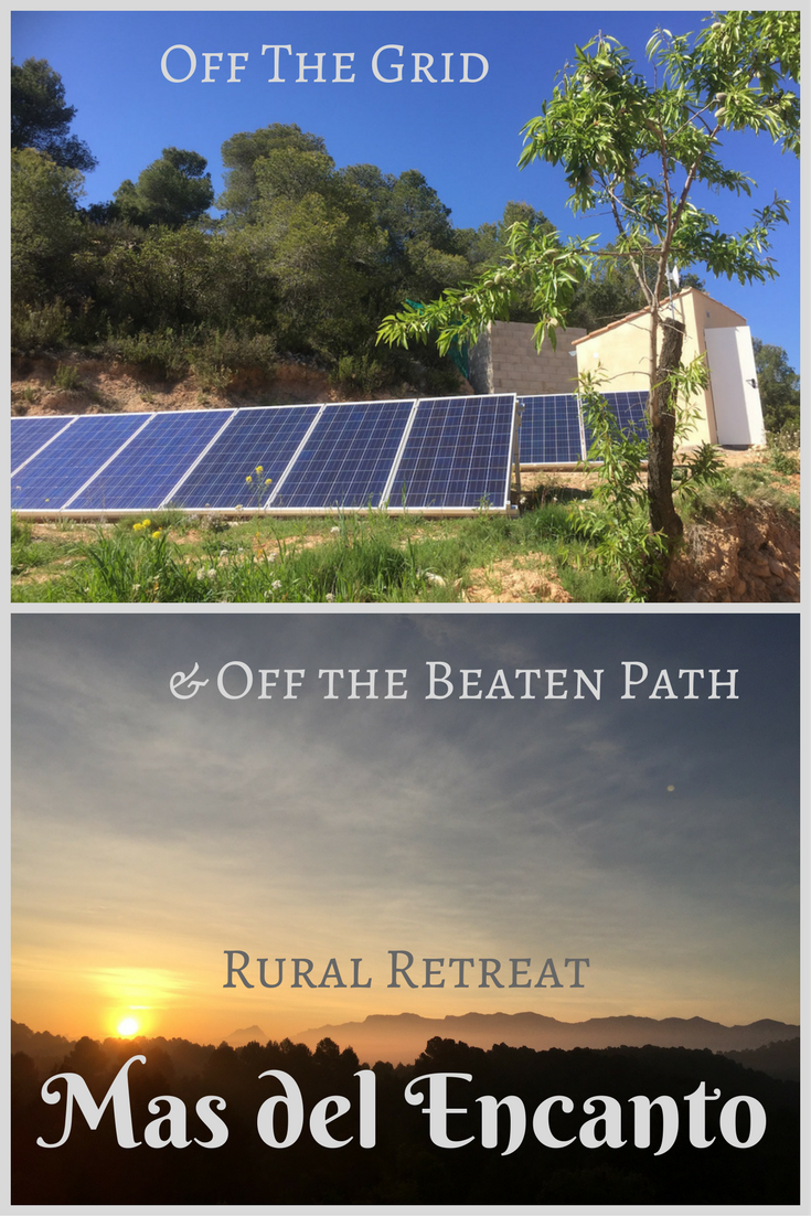 Come and stay at Mas del Encanto, our off-grid farm in Aragon, Spain! We have electricity from solar panels and water from our borehole and rainwater catchment. The beds are comfortable and the view amazing!