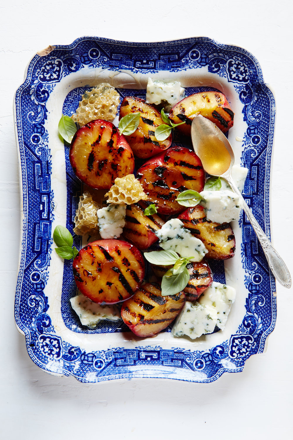 The_Lost_Kitchen_Summer_Grilled_Plums_029.jpg