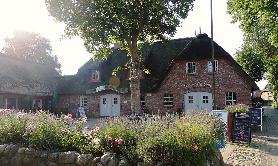The former sea captain's village of Nieblum is a Frisian chocolate-box idyll - and just waiting for you.