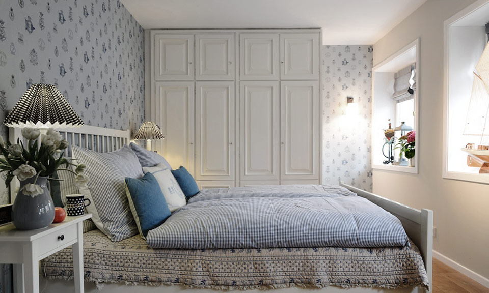 Scandinavian flair in the bedrooms. Ideal for relaxation.