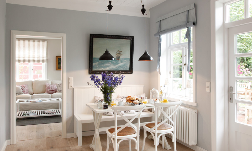 Cosy breakfast in a nautical setting.
