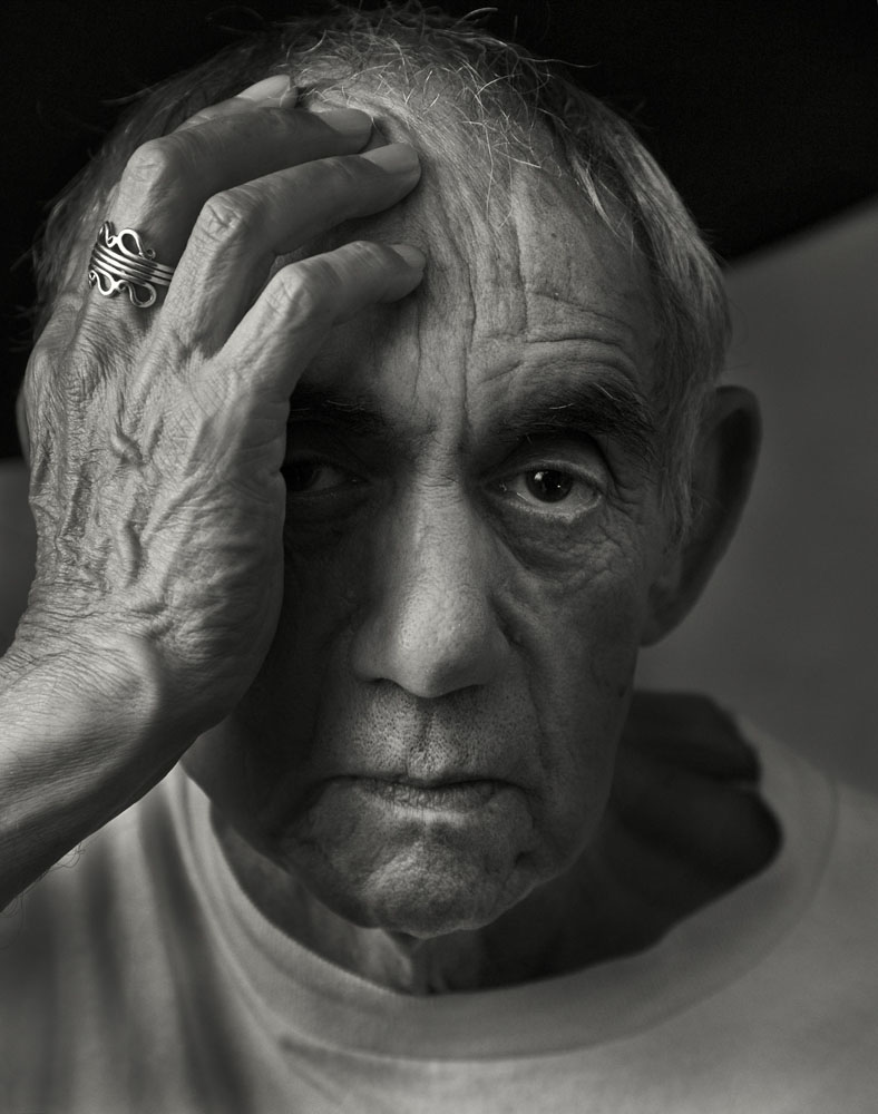 Copy of « Looking for the Masters in Ricardo's Golden Shoes #43 (Tribute to Arnold NEWMAN, Pablo Picasso, 1954) » by Catherine Balet