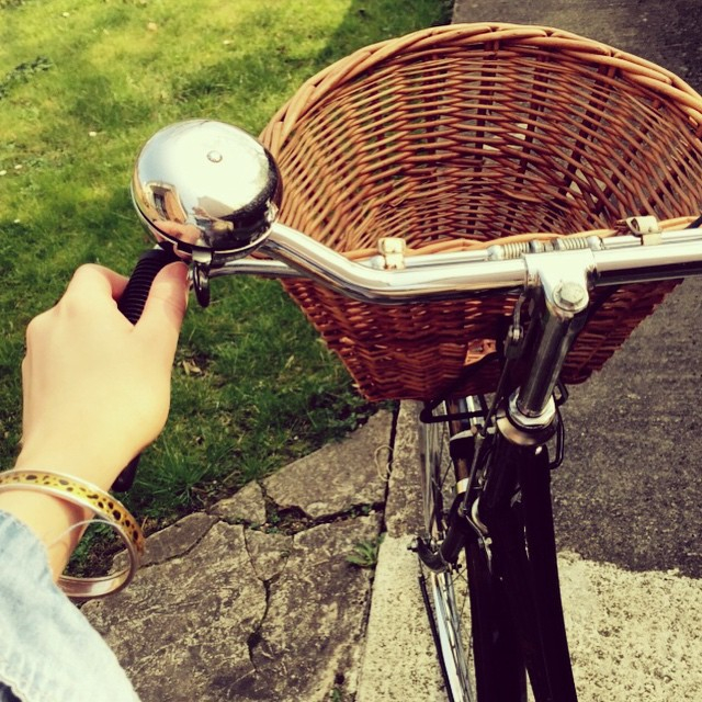 6be8b1eb707d7fdf-bike-riding-cheltenham-pashley.jpg