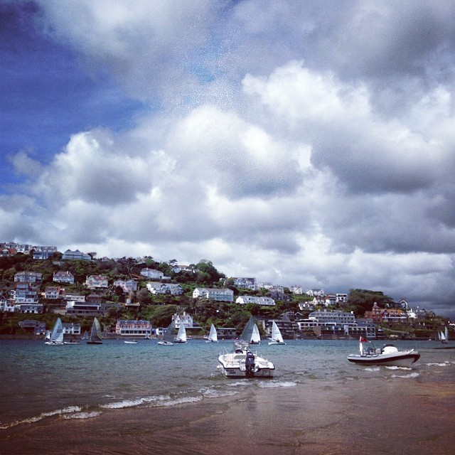 fb4a32e332b107a3-salcombe-beach-may-hill-boats.jpg