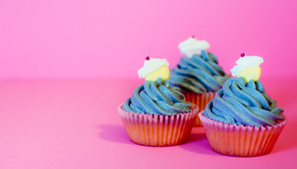 0bf9daee79bbb55f-bluecupcakedecorationcupcakes.jpg