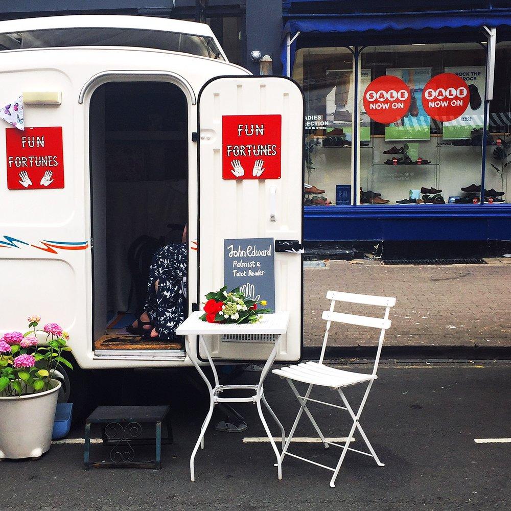 blog-chelt-cheltenham-montpellier-day-vintage-caravan-fortune-teller.jpeg