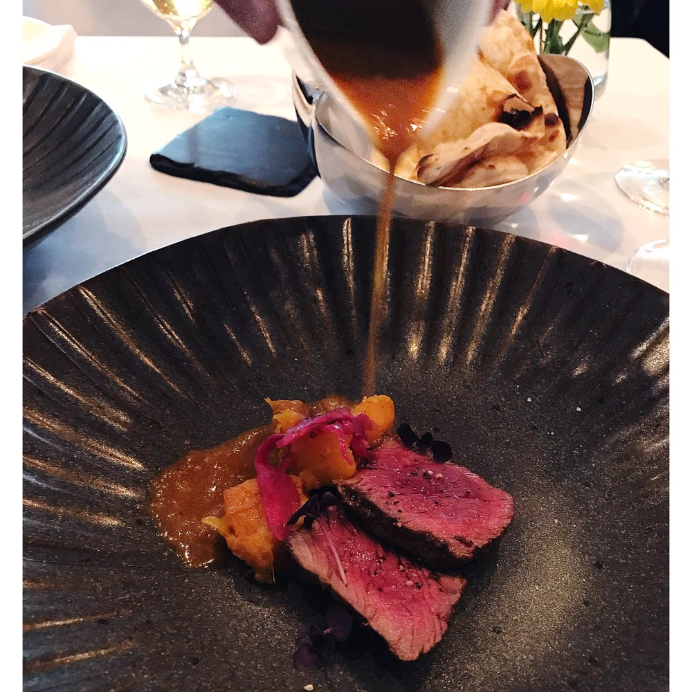 lunchwithprithvi-prithvi-cheltenham-chelt-dinner-lunch-restaurant-review-blog-venison-gravy-sauce.JPG
