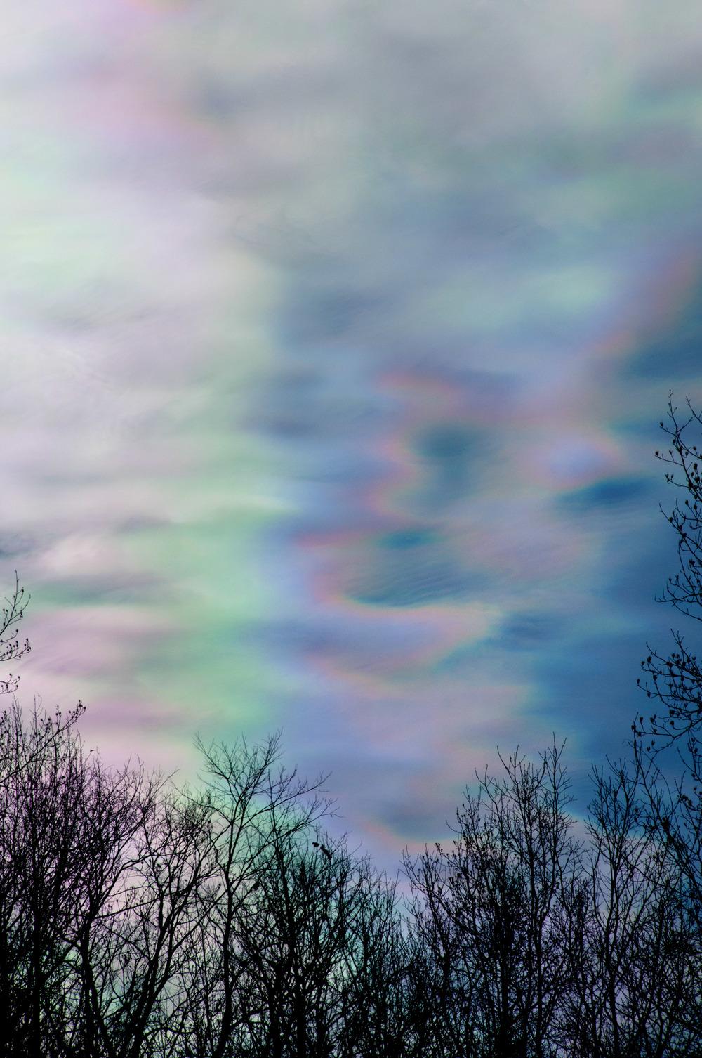 iridescentclouds1.jpg
