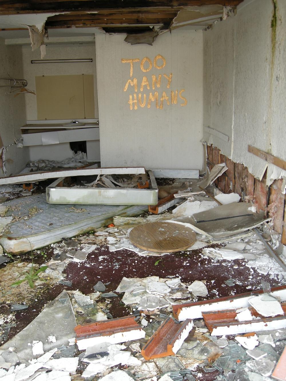 Deserted_Hotel_2.jpg