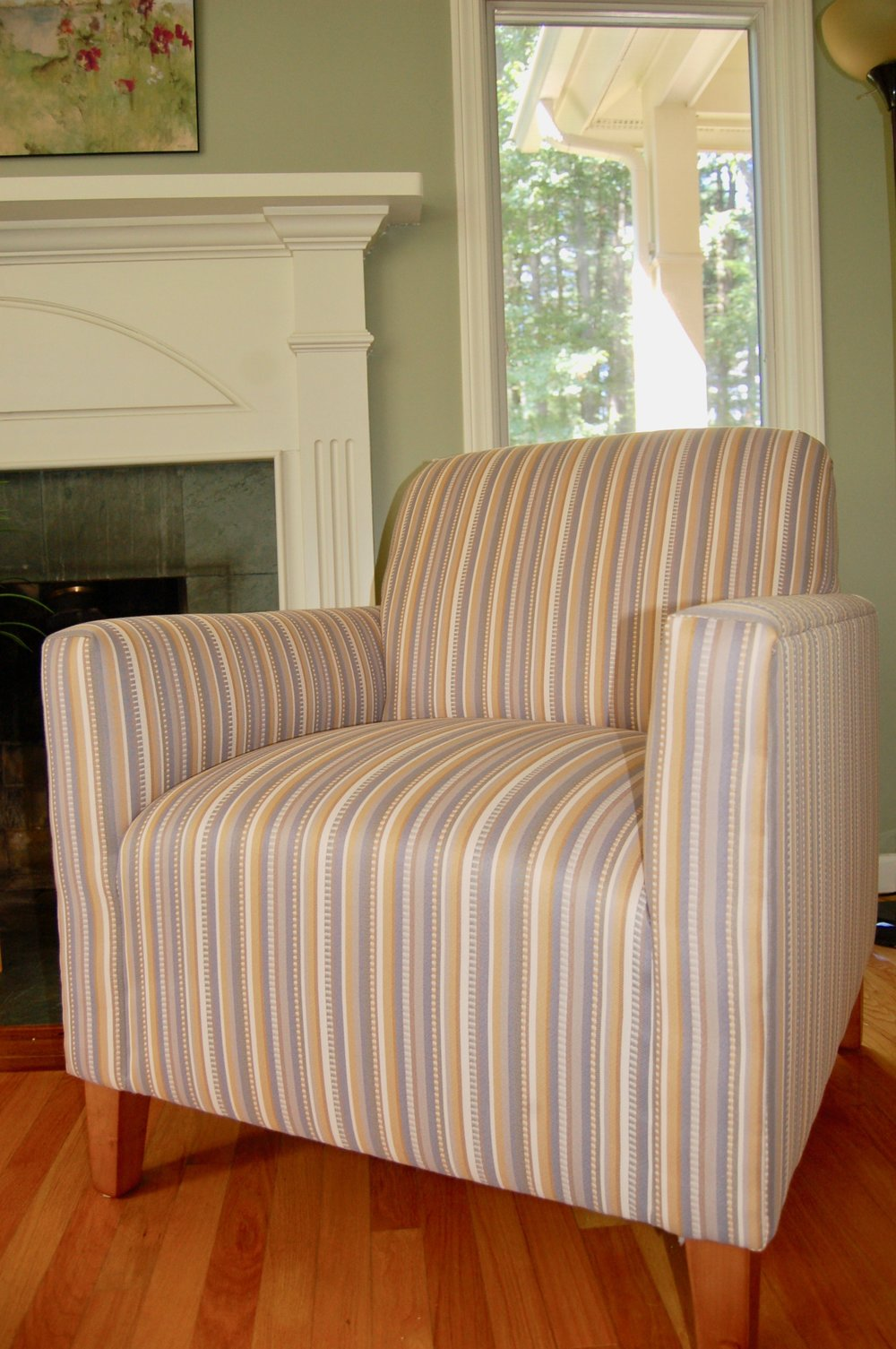 Larchmont Straight Arm Chair