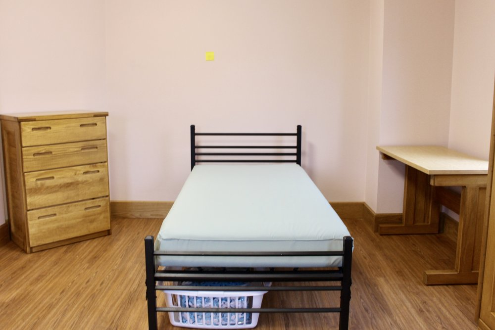 Empire Bed with Classic Line Case Goods