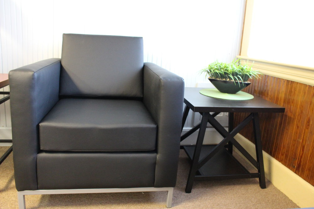 Ambassador UPHOLSTERY with metal tray