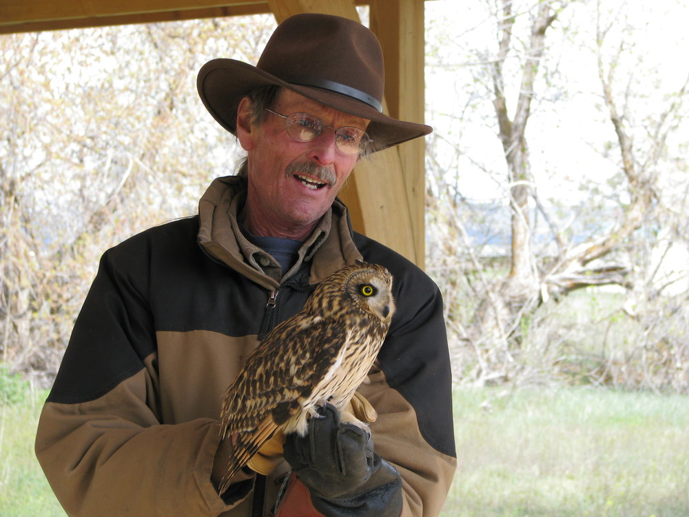 Environmental Education - Our naturalist will generate interest in the environment and natural world by highlighting historical, ecological or scientific features of outdoor surroundings including Native Maidu customs and history.