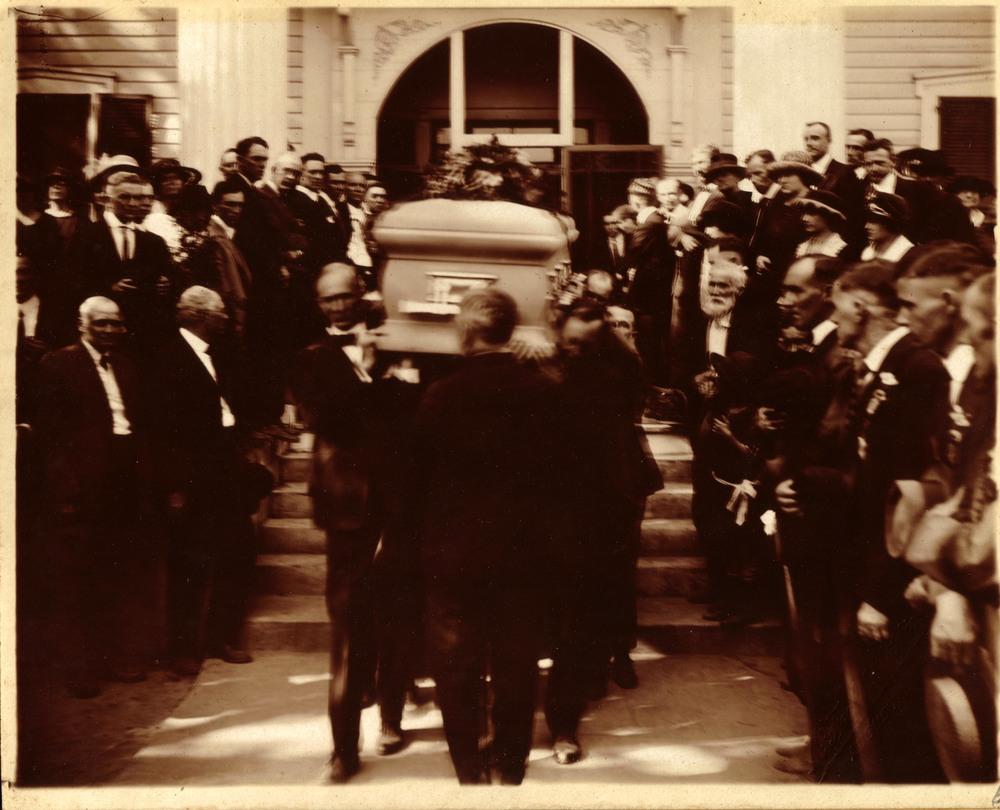 Funeral 7.jpg