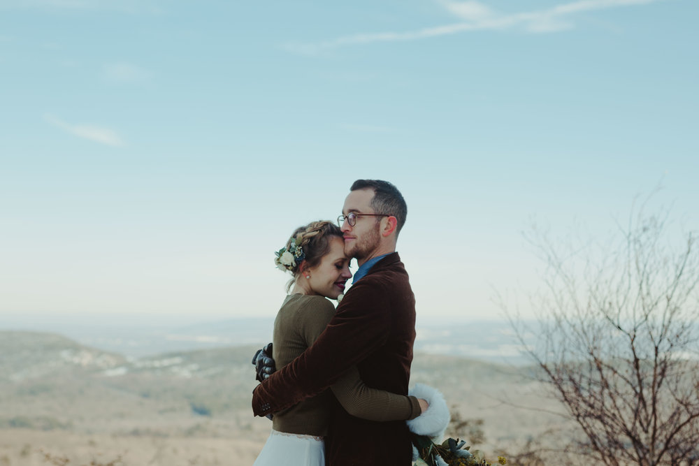 wildescoutphotoco-hudson-valley-mountain-vow-renewal-wedding-79