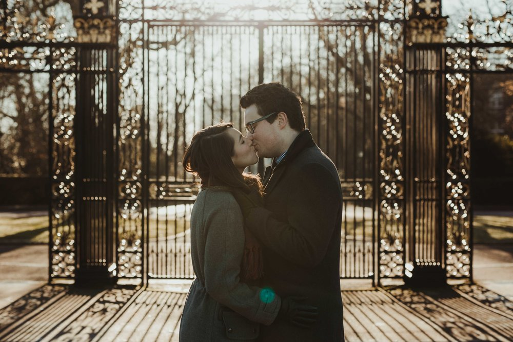12292016-carolinawill-london-regents-park-engagement-session-26