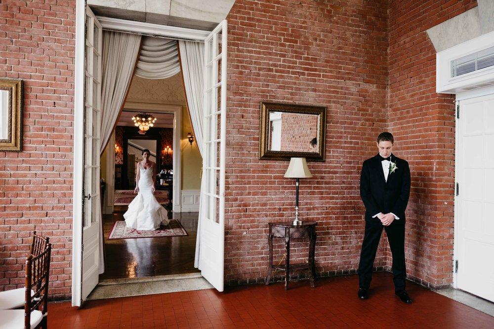 04302017-marykate-matt-bourne-mansion-wedding-30.jpg