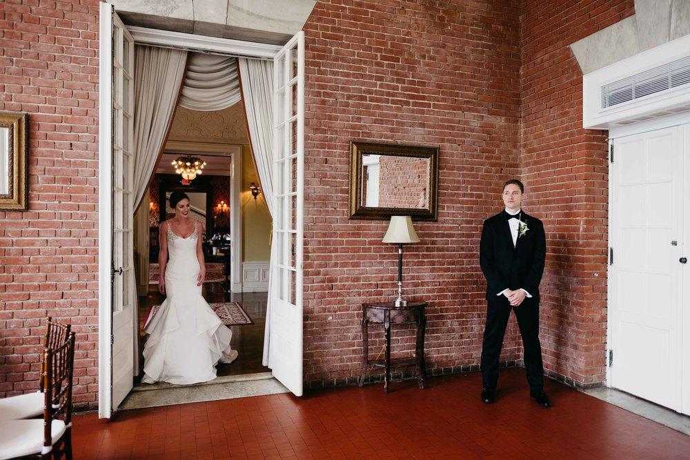 04302017-marykate-matt-bourne-mansion-wedding-31.jpg