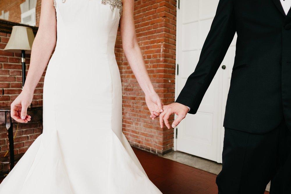 04302017-marykate-matt-bourne-mansion-wedding-36.jpg