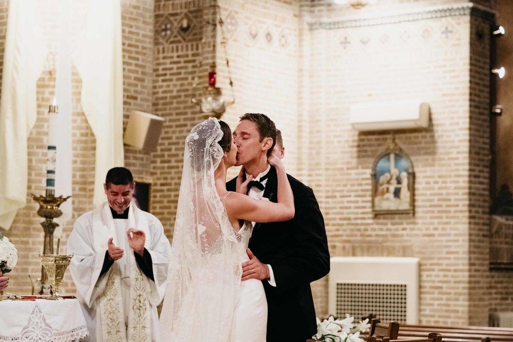 04302017-marykate-matt-bourne-mansion-wedding-55.jpg