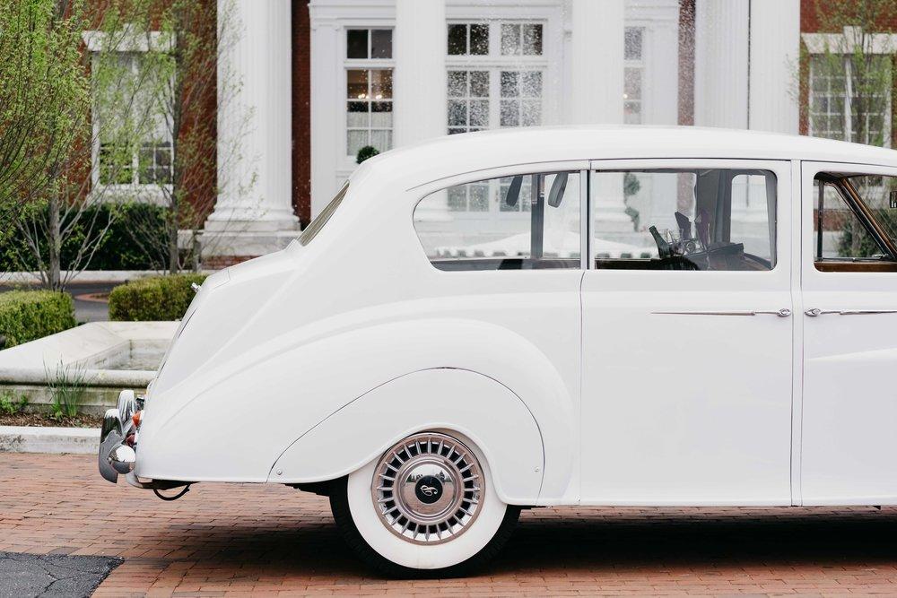 04302017-marykate-matt-bourne-mansion-wedding-61.jpg