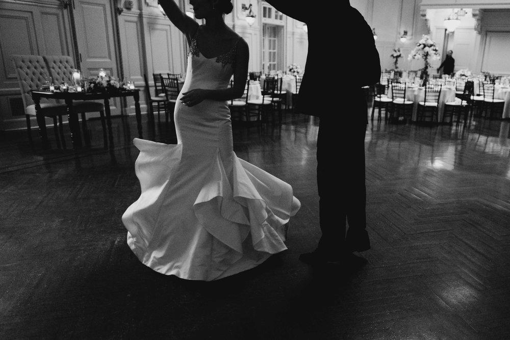 04302017-marykate-matt-bourne-mansion-wedding-86.jpg